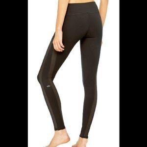 Alo Yoga Everlast Black Leggings size small